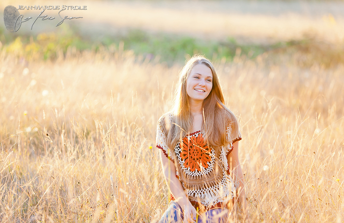 Senior Portrait in Discovery Park
