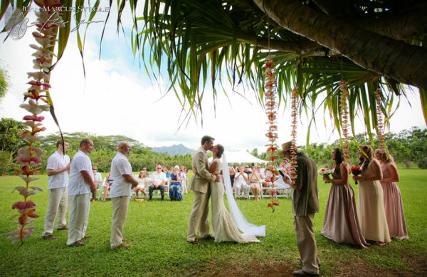 Destination Wedding Photography of Ceremony in Kauai