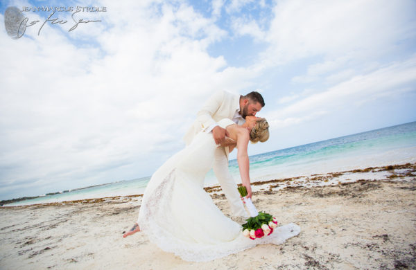 Destination Wedding Photography of Bride and Groom in Puerto Morelos